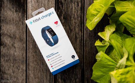Tren tay Fitbit Charge 2: Hoan thien dep, sac sao, ho tro chay bo, dap xe, pin 5 ngay - Anh 1