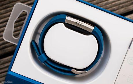 Tren tay Fitbit Charge 2: Hoan thien dep, sac sao, ho tro chay bo, dap xe, pin 5 ngay - Anh 4