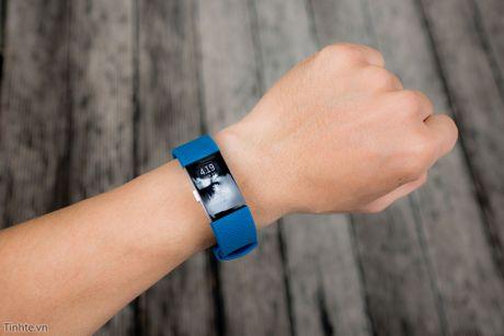 Tren tay Fitbit Charge 2: Hoan thien dep, sac sao, ho tro chay bo, dap xe, pin 5 ngay - Anh 5