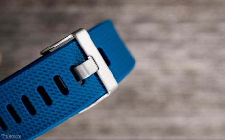 Tren tay Fitbit Charge 2: Hoan thien dep, sac sao, ho tro chay bo, dap xe, pin 5 ngay - Anh 7
