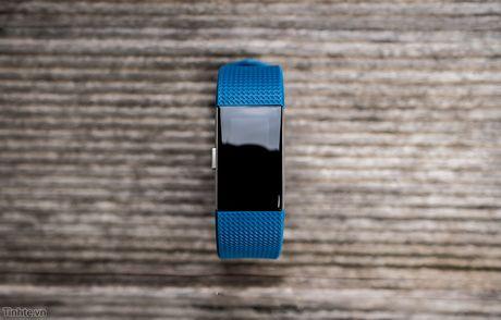 Tren tay Fitbit Charge 2: Hoan thien dep, sac sao, ho tro chay bo, dap xe, pin 5 ngay - Anh 9