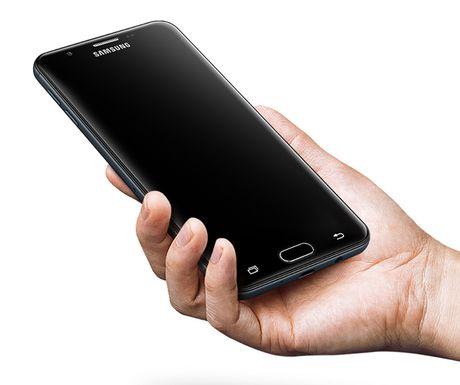 Samsung Galaxy On7 (2016): nang cap dang ke voi 5,5' 1080p, cam bien van tay, RAM 3 GB, gia ~240 USD - Anh 10