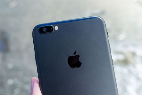 iPhone 6 Plus len vo iPhone 7 Plus: chi phi 1,2 trieu, 1 cam, co 3.5mm, nut Home vat ly - Anh 14