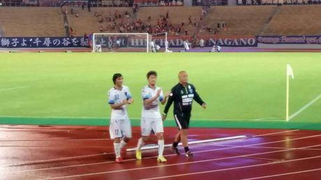 Tuan Anh ghi ban dau tien, giup Yokohama nguoc dong o cup Hoang de - Anh 1