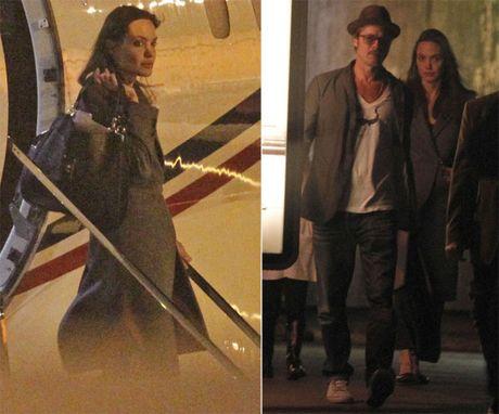 Hai lan Brad va Angelina lo anh cai va trong 2 nam ket hon - Anh 11