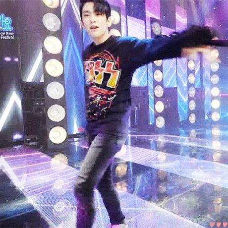 Bieu cam thay doi den 'lanh gay' cua sao Han - Anh 7