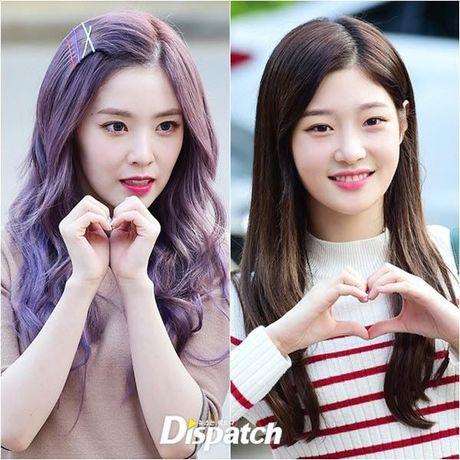 Nu than cua I.O.I va Red Velvet do sac tren duong den Music Bank - Anh 1