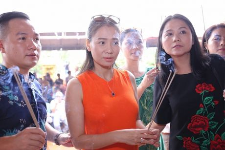 'Su that' ve cuoc song cua Thu Minh sau khi bi 'to' no tien ty? - Anh 1