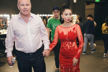 'Su that' ve cuoc song cua Thu Minh sau khi bi 'to' no tien ty? - Anh 2