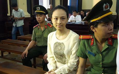'Hop dong tinh ai' cua hoa hau Phuong Nga la co that? - Anh 2