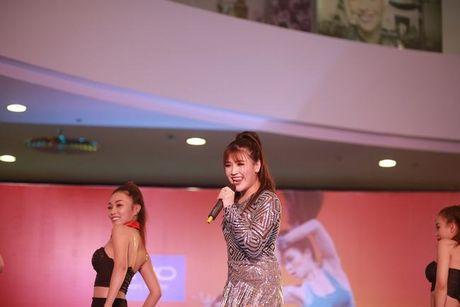 Soobin Hoang Son khien fan guc nga boi ve dep trai - Anh 4