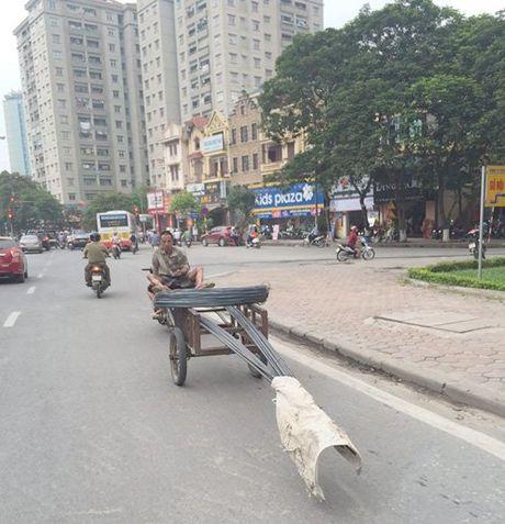 Nhung hiem nguy rinh rap tre nho tren duong pho Viet Nam - Anh 7