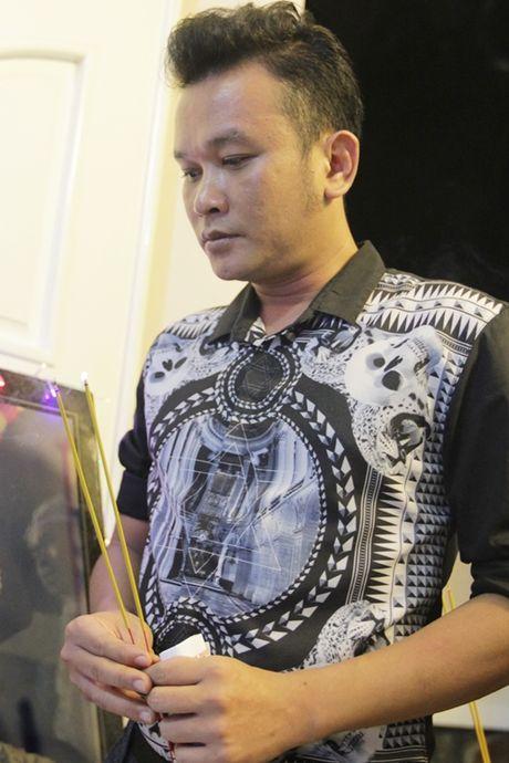Hinh anh dong nghiep, nguoi ham mo tien dua nghe si Thanh Tong - Anh 9