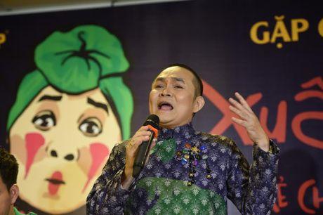 NSUT Xuan Hinh: Ra duong, ai vay cung vao! - Anh 3