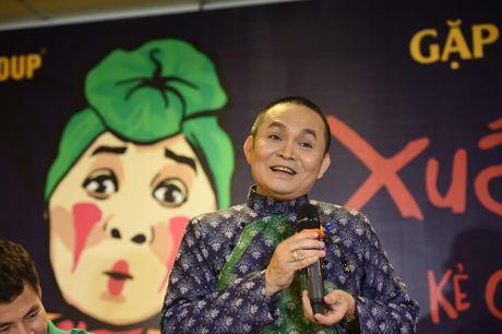 NSUT Xuan Hinh: Ra duong, ai vay cung vao! - Anh 4