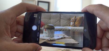 So sanh kha nang chup anh xoa phong cua iPhone 7 Plus va may anh Canon DSLR - Anh 1