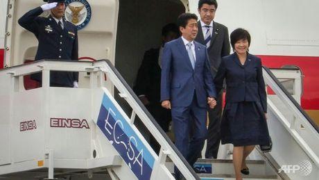 Thu tuong Nhat Ban Abe co chuyen tham lich su toi Cuba - Anh 1