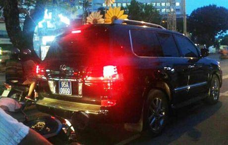 Dai ta cap bien xanh xe Lexus cua Trinh Xuan Thanh bi ky luat - Anh 1