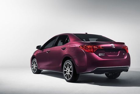 Toyota Corolla 2017 lo dien vao dung sinh nhat thu 50 - Anh 4