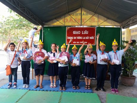 Thuy Binh The Voice Kids: Ai cung run nhung con chang thay run! - Anh 5