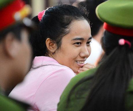 Truoc vanh mong ngua, Phuong Nga va My Xuan van no nu cuoi day an y - Anh 6