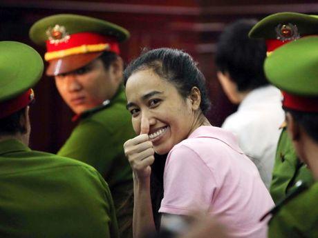 Truoc vanh mong ngua, Phuong Nga va My Xuan van no nu cuoi day an y - Anh 7