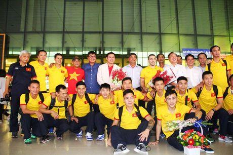 Bau Tu dat muc tieu futsal Viet Nam se tham du World Cup 2020 - Anh 1
