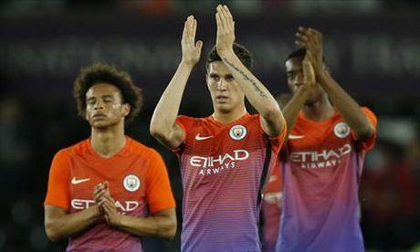 "Nguoi Man City tiet lo HLV Guardiola dang ""kho o"" - Anh 1"
