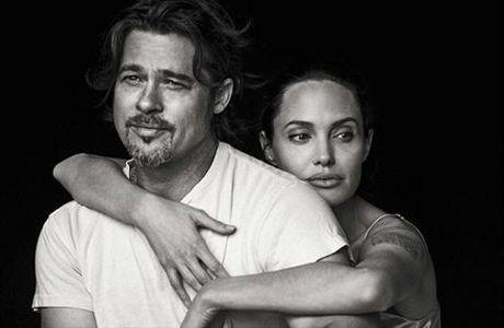 Brad Pitt va Angelina Jolie se the nao neu so huu mot doi bong? - Anh 1