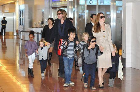 Jennifer Aniston khong tin Brad Pitt bao hanh con cai - Anh 2