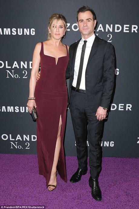 Jennifer Aniston khong tin Brad Pitt bao hanh con cai - Anh 3