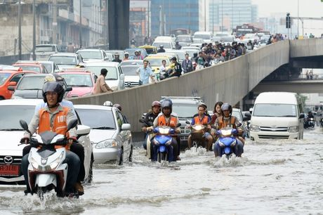 Ket xe khien Bangkok thiet hai 320 trieu USD moi nam - Anh 4