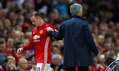 De Rooney toa sang, Mourinho phai phan boi... Rooney - Anh 3