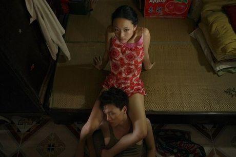 Bo phim duy nhat tran ngap canh nong cua Hoa hau Phuong Nga - Anh 4