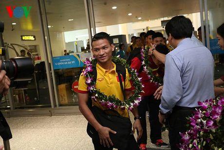 Futsal Viet Nam nhan ngay 1,5 ti dong sau khi tro ve tu World Cup - Anh 6