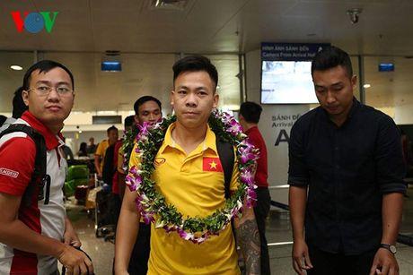 Futsal Viet Nam nhan ngay 1,5 ti dong sau khi tro ve tu World Cup - Anh 7