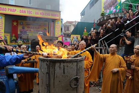 Đúc đại Phật tượng và chuông Đại hồng chùa Phúc Long