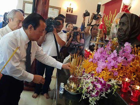 Khanh thanh nha tuong niem Ba me VNAH Nguyen Thi Ranh - Anh 1