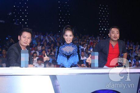 """Co dau Philippines"" gay ngo ngang va than phuc trong Chung ket Vietnam Idol - Anh 1"