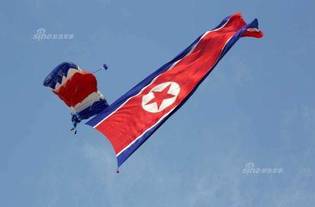 """Chiêm ngưỡng dàn chiến đấu cơ """"khủng"""" của Triều Tiên"""