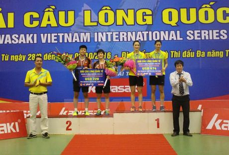 Doi Viet Nam gianh 3 huy chuong vang tai Giai cau long Kawasaki - Anh 1