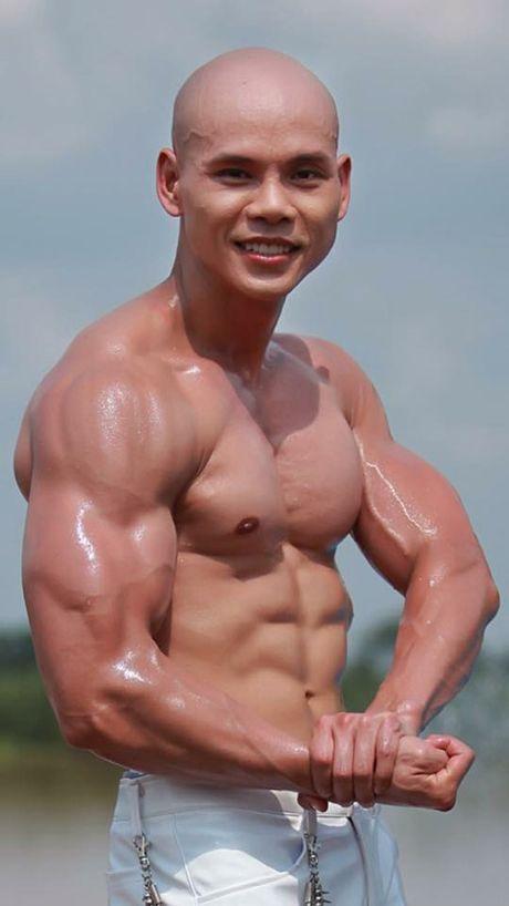 Choang vi body nhu luc si cua Ung Hoang Phuc va loat sao nam Viet - Anh 2