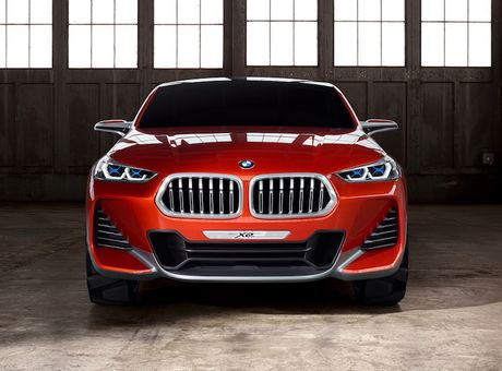 Crossover co nho BMW X2 'dau' Mercedes GLA co gi? - Anh 2