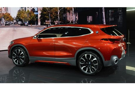 Crossover co nho BMW X2 'dau' Mercedes GLA co gi? - Anh 7