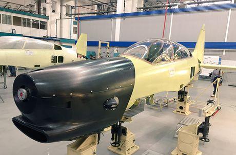 Muc kich chuyen bay dau tien cua may bay Yak-152 Nga - Anh 6
