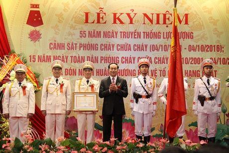 Chu tich nuoc du Le ky niem 55 nam Ngay truyen thong luc luong Canh sat PCCC - Anh 3
