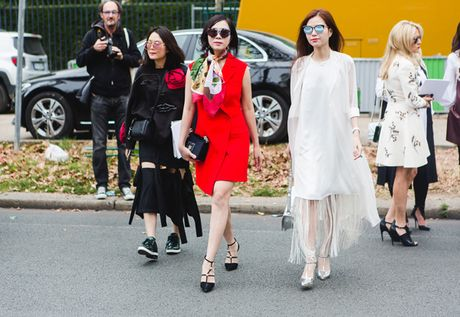 Dan fashionista Viet chat lu o Paris Fashion Week - Anh 1
