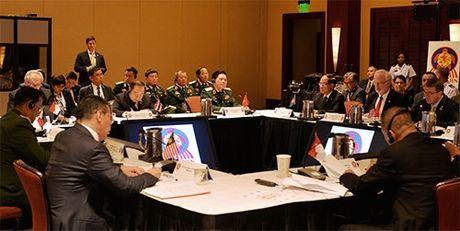 ASEAN va Hoa Ky mong muon tang cuong hop tac quoc phong thuc chat - Anh 2