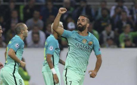 """Barca: Enrique da chon xong """"quan bai"""" dong the Messi - Anh 2"""