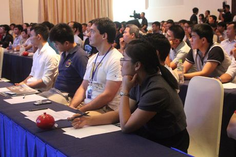 Tech Expo 2016: Mot vu tru gia lap trong cac tro choi video game - Anh 1